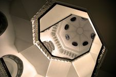 Free Hexagon Stairway Royalty Free Stock Photography - 594387