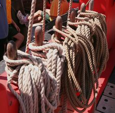 Free Ropes On An Old Boat Stock Photos - 596243