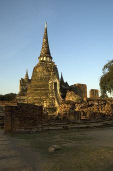 Free Temple Ruin, Ayutthaya (Thailand) Royalty Free Stock Image - 598536