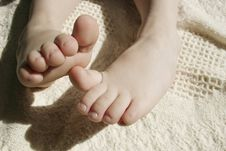 Free Toddlers Cute Toes Stock Images - 599514
