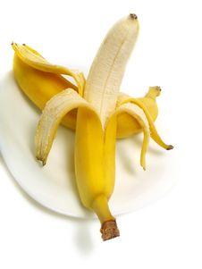 Free Peeled Banana Stock Images - 5900754