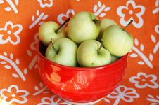 Free Green Apples Royalty Free Stock Image - 5900846
