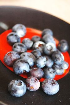 Free Blueberries Royalty Free Stock Images - 5900919