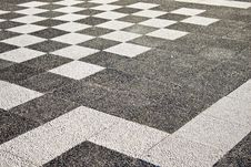 Free Paving Laid Out In A Checkerboard Pattern Royalty Free Stock Photography - 5904007