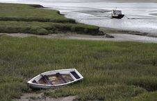 2 Boats At Low Tide Stock Photos