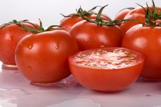 Free Tomatoes Royalty Free Stock Photography - 5905437