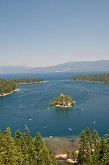 Free Emerald Bay Royalty Free Stock Image - 5908656