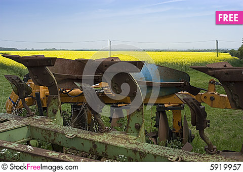 Free Old Farm Machinery Royalty Free Stock Photography - 5919957