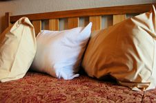 Free Hotel Bed Stock Photography - 5911482