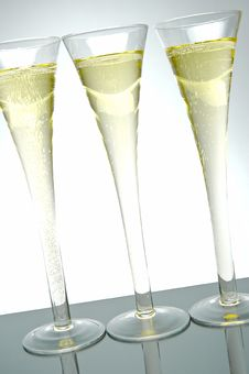 Free Sparkling Wine Royalty Free Stock Image - 5911906
