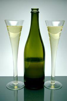 Free Sparkling Wine Stock Photos - 5912033