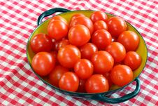 Free Vintage Bowl Of Cherry Tomatoes Royalty Free Stock Photo - 5915215