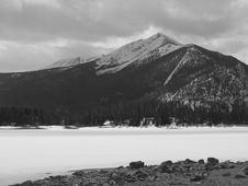 Free Winter, Mountain, And Lake Stock Images - 5916134