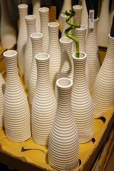 Free Vase On The Shelf Stock Photos - 5918963