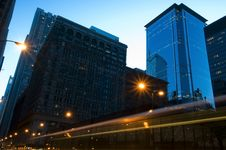 Chicago Street At Dawn Royalty Free Stock Image