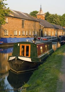 Free Narrow Boats On A Canal Royalty Free Stock Image - 5919906