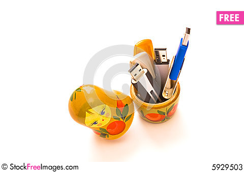 Free Russian Dolls With Usb Flash Drives Stock Photos - 5929503