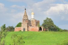 Free Russian Church Royalty Free Stock Photography - 5925107