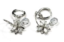 Free Earring Royalty Free Stock Photography - 5926837
