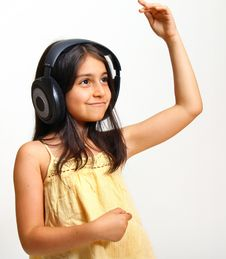 Free Girl Enjoying Music Royalty Free Stock Photography - 5928997