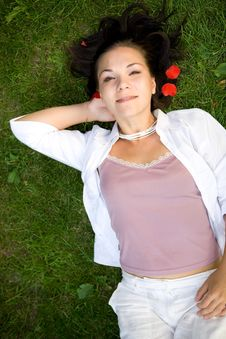 Free Relaxing Woman Royalty Free Stock Photos - 5929098