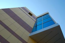 Free Modern Building Royalty Free Stock Photos - 5931048