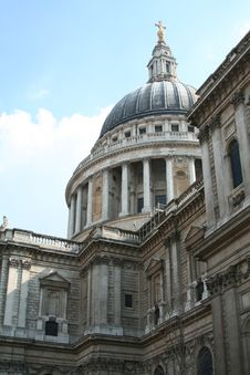 Free St Paul S Cathedral Royalty Free Stock Photos - 5933438