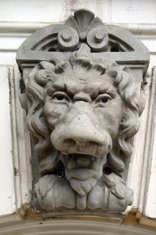 Free Bas-relief The Lion Royalty Free Stock Photo - 5933965