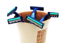 Free Blue Razors In Cup Stock Photo - 5934250
