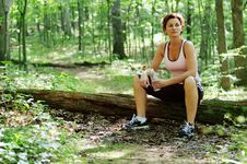 Free Mature Woman Runner Resting Royalty Free Stock Photo - 5938215