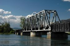 Free Train Bridge Royalty Free Stock Photography - 5941727