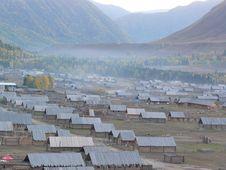Free Village Of Log Cabins Royalty Free Stock Image - 5944796