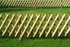 Free Wooden Trellis Royalty Free Stock Photos - 5947098