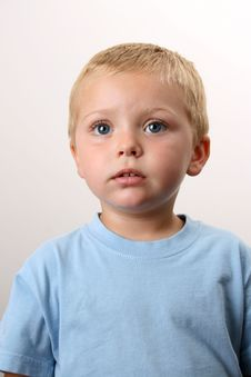 Free Beautiful Blond Boy Stock Photography - 5950262