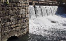 Free Mammoth Springs Dam Royalty Free Stock Photos - 5954098