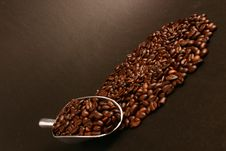 Free Coffee Beans And Scoop Royalty Free Stock Photo - 5957145
