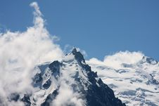 Free Mountains In The Clouds Stock Image - 5961241