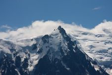 Free Mountain In The Clouds Royalty Free Stock Photography - 5961247