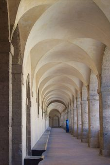 Free Cloister Of Covent Royalty Free Stock Photos - 5962618