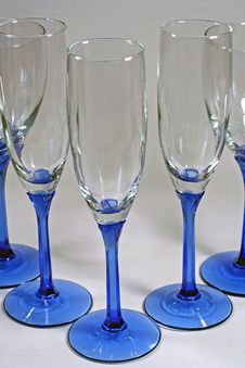 Free Triangle Of Shiny Blue Wine Glasses Stock Photography - 5965122