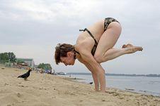 Free Yoga On The Beach Stock Photography - 5965382