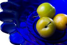 Free Group Of Plums On Blue Plate Stock Photo - 5971610