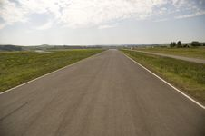 Free Empty Highway. Stock Images - 5972024