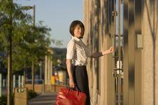Free Woman Opnening Door - Vertictal Stock Photography - 5975542