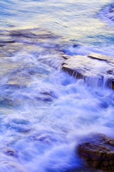 Free Wave Washing On Rocks Stock Photos - 5975953