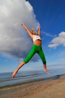 Free Jumping Girl Stock Image - 5976291