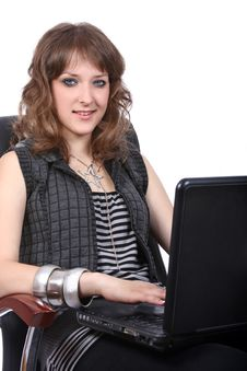 Free Pretty Girl Working On Laptop Royalty Free Stock Photos - 5976868