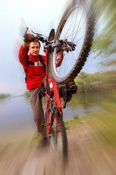 Free Extreme Red Bike Royalty Free Stock Photo - 5978255