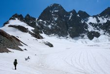 Free Alpinists On Glacier In Mountains Royalty Free Stock Photo - 5978455