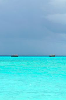 Free Maldives, Welcome To Paradise! Royalty Free Stock Image - 5979666